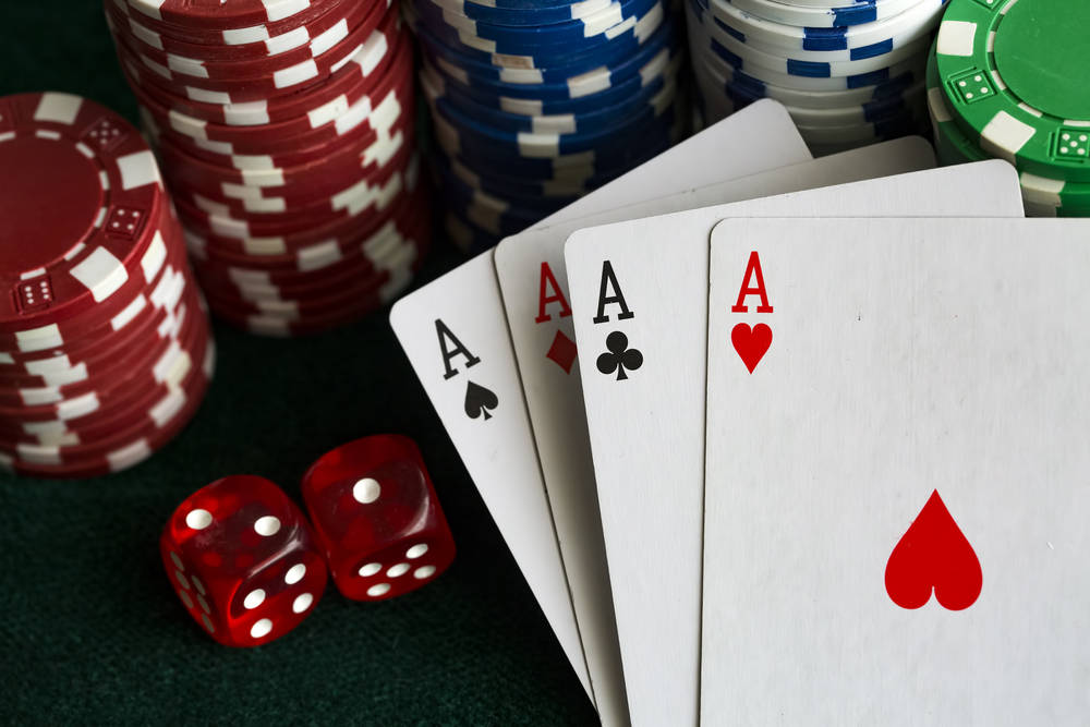 Read about the benefits of playing at an online casino
